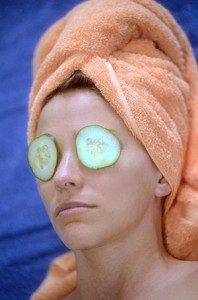 Close your eyes and cover them for 15 to 20 minutes with raw sliced cucumber or potato.