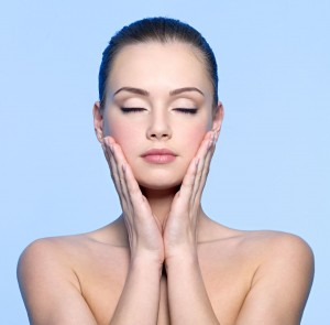 Facial mesotherapy, also known as VitaGlow, is a facial treatment that injects vitamins about 4 to 6 millimeters into the skin (the mesodermis) to achieve a bright, plump, dewy look. Facial mesotherapy has been available in France since the 1950s.
