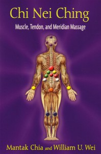 This full-color illustrated guide details massage techniques for unblocking chi, releasing tight tendons and muscles, and alleviating back and joint pain.