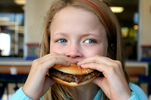 A new study from New Zealand has concluded that children who eat hamburgers, even just once a week, are twice as likely to develop asthma and wheezing problems.