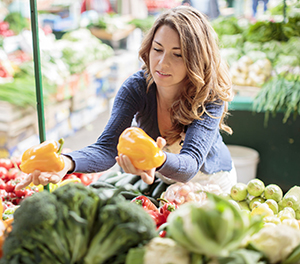 Since the USDA's Agricultural Marketing Service began tracking farmers' markets in 1994, the number of markets in the United States has grown from 1,755 to 8,144 in 2013, with total annual sales estimated at $1 billion.